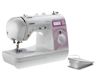 brother-innov-is-10-a-anniversary-naehmaschine
